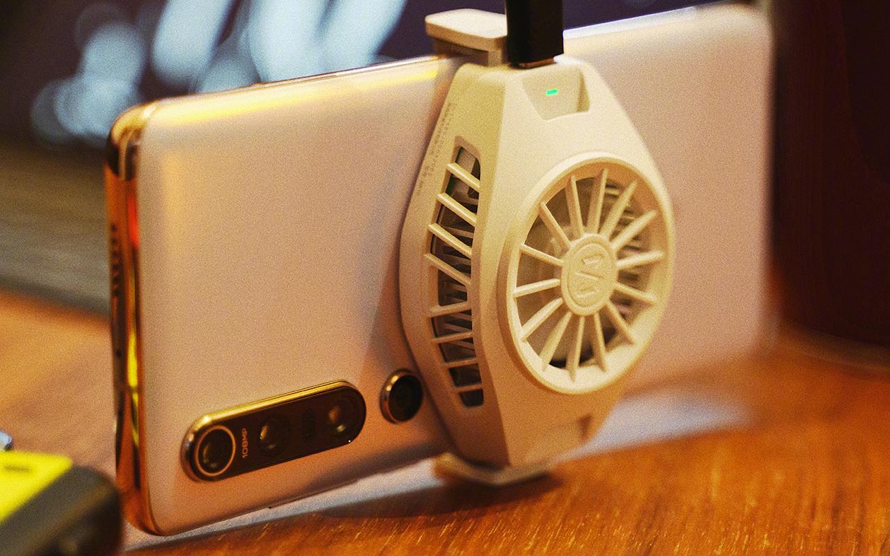 Nuevo disipador Xiaomi Ice-Cooled Thermal Black Clip para smartphone. Noticias Xiaomi Adictos