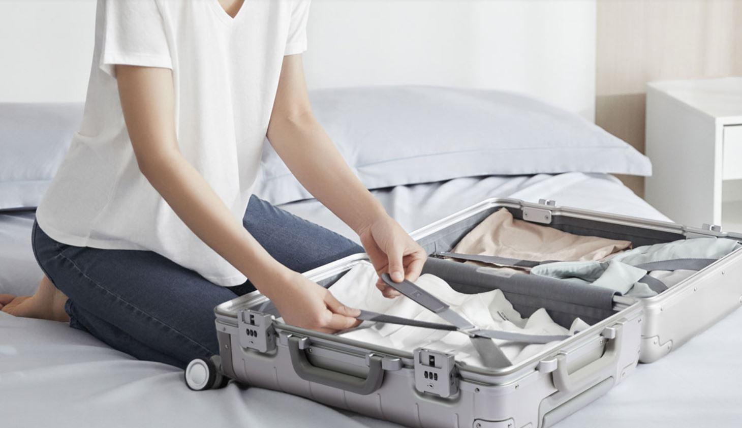 Xiaomi Metal Suitcase 2: así es la nueva maleta ultra resistente de Xiaomi con doble cerradura. Noticias Xiaomi Adictos