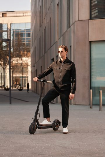 The new Xiaomi Mi Electric Scooter 1S, Pro 2 and Essential arrive in Spain: price and where to buy them. Xiaomi  News