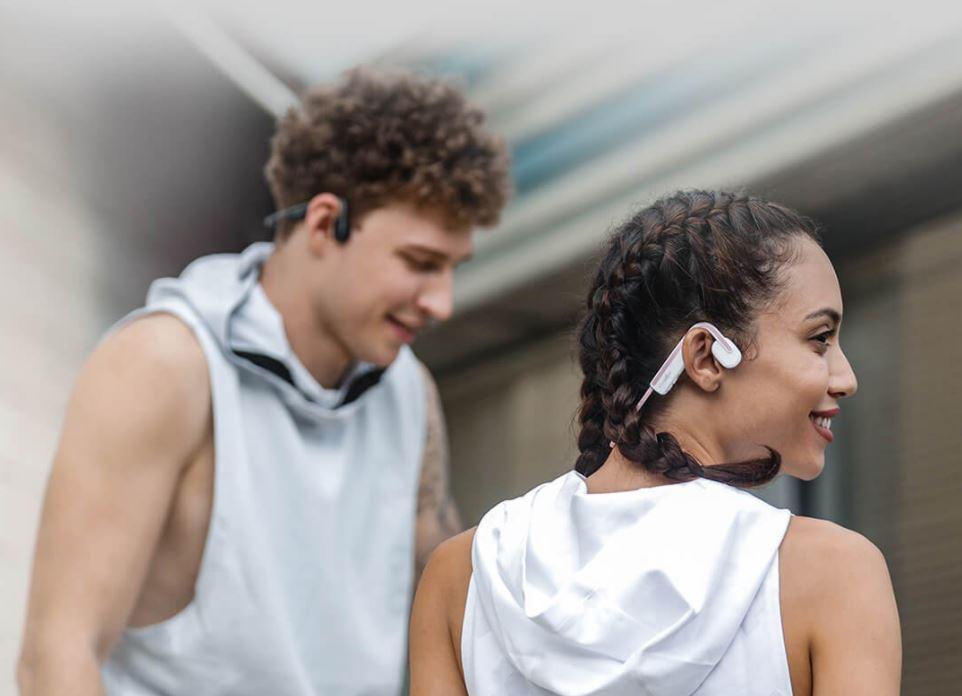 Xiaomi pone a la venta unos auriculares de conducción ósea que permiten seguir escuchando el sonido que nos rodea. Noticias Xiaomi Adictos