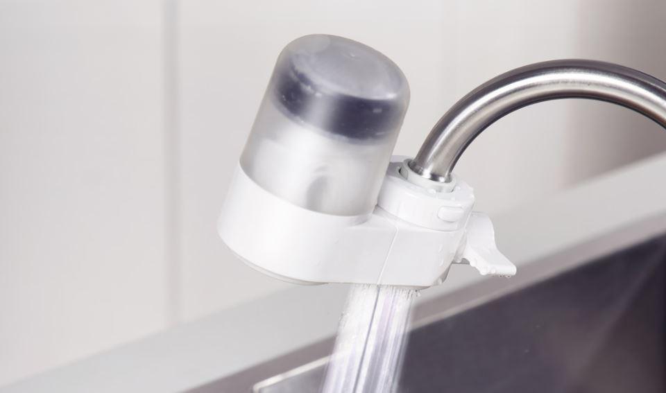 Este pequeño gadget que ha puesto a la venta Xiaomi purifica y ahorra agua