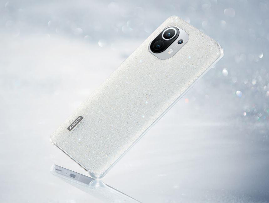 Esta es la funda más premium que ha lanzado Xiaomi y cuenta con 10.000 cristales incrustados. Noticias Xiaomi Adictos