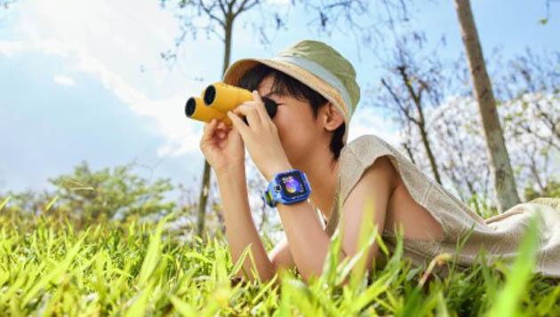 Amazfit, el socio de Xiaomi, lanza un nuevo reloj inteligente con cámara y 4G. Noticias Xiaomi Adictos