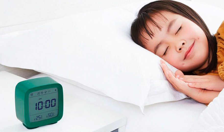 Nuevo reloj despertador para la mesita de noche
